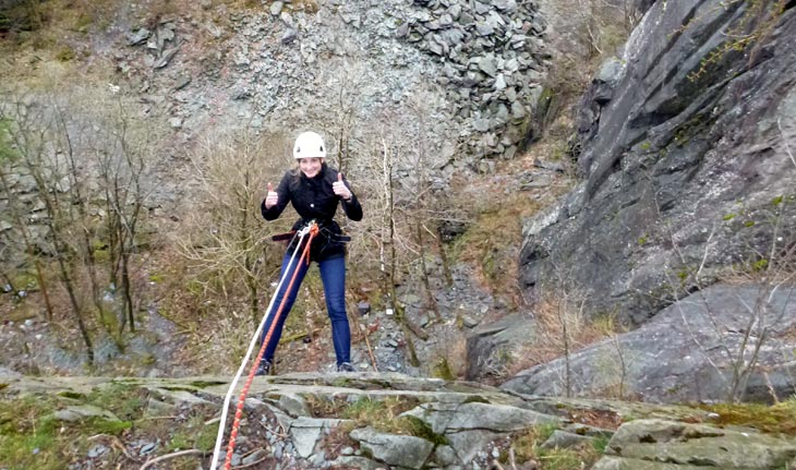 Abseiling courses & training